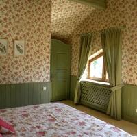 green_bedroom_4