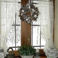 winter-kitchen-window