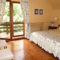 yellow_bedroom_3
